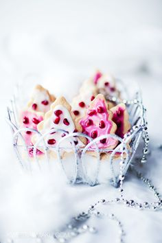 Christmas Tree Cookies - Pomegranate seeds as ornaments! so cute!