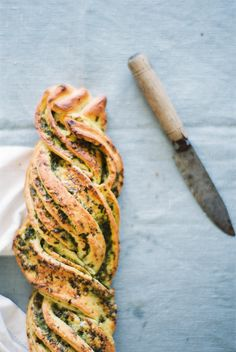 Pesto Bread Healthy Vegetarian Food : #vegetarian #healthy #food #foodporn #bread