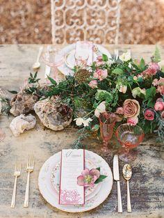 Organic and beautiful: http://www.stylemepretty.com/2015/08/14/mauve-stone-wedding-inspiration/ | Photography: Mirelle Carmichael - http://mirellecarmichael.com/