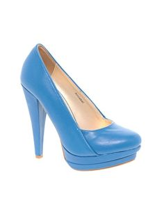 Sugarfree Annabel Platform Shoe. Love the structure of this shoe.