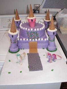 Princess castle cake! Looks easy, too.