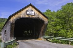 http://www.discoververmontvacations.com/blog/2013/2/10/vermont-covered-bridges-photos-lists-and-information
