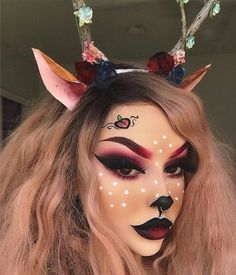 Are you looking for inspiration for your Halloween make-up? Browse around this website for unique Halloween makeup looks. Unique Halloween Makeup, Pretty Halloween, Diy Halloween, Halloween Photos, Halloween Halloween, Halloween Costumes, Pretty Makeup, Simple Makeup, Gorgeous Makeup