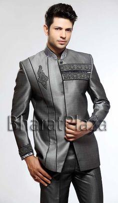 Monarch Looking Dark Grey Suit  Item code : TSJ4066 https://twitter.com/bharatplaza_in  https://www.facebook.com/bharatplazaindianbridal