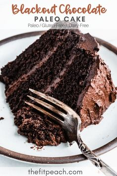 Life Changing Blackout Chocolate Paleo Cake — The Fit Peach - Mind-blowing, decadent, double chocolate cake. It's rich, fluffy, and made with wholesome ingred - Paleo Cake Recipes, Paleo Treats, Baking Recipes, Paleo Food, Health Recipes, Sweet Recipes, Paleo Dessert, Dessert Recipes, Desserts