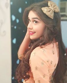 Some Unknown facts about Eisha Singh. Known about career and her family and Physical Appearance. Stylish Girls Photos, Stylish Girl Pic, Girl Pictures, Girl Photos, Couple Photos, Zara Looks, Profile Picture For Girls, Stylish Dpz, Cute Girl Photo