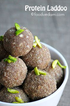 Protein Laddoo healthy and tasty kids snack is part of Kids snack food - healthy and tasty protein laddoo made with black gram,finger millets flour These laddus are very nutritious even the picky eaters would to like have them Baby Food Recipes, Sweet Recipes, Snack Recipes, Cooking Recipes, Detox Recipes, Bar Recipes, Rice Recipes, Cooking Ideas, Chicken Recipes