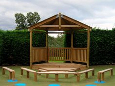 outdoor stage - courtyard!