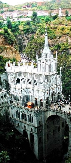 Santuario de Las Lajas (Sanctuary of the Stone Slabs), Narino, Colombia. Beautiful Castles, Beautiful Buildings, Beautiful Places, Amazing Places, It's Amazing, Amazing Things, Wonderful Places, Beautiful Pictures, Places Around The World