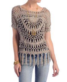 crochet and fringe cardigan gimmicks Crochet Vest Outfit, Lace Outfit, Crochet Blouse, Crochet Poncho, Hand Crochet, Crochet Lace, Hairpin Crochet Pattern, Hairpin Lace Patterns, Crochet Patterns