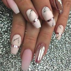 Color for 999999 : french nails stunning asian wedding nail designs Marble Nail Designs, Marble Nail Art, Pretty Nail Designs, Nail Art Designs, Gold Marble, Gold Acrylic Nails, Rose Gold Nails, French Nails, Chrom Nails