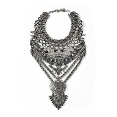 Falkor IV (4.425 RON) ❤ liked on Polyvore featuring jewelry, necklaces, statement necklace, chain statement necklace, chains jewelry, bib statement necklace and chain necklaces