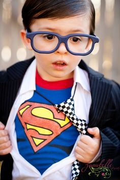 I would totally make my child a Superman nerd :) So freaking cute.