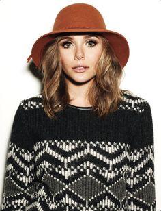 Elizabeth Olsen - love her hat and her sweater