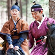 kim tae hee & yoo ah in Best Historical Dramas, Jang Ok Jung, Kim Tae Hee, Yoo Ah In, Korean Dress, Korean Traditional, Queen, Light Novel, Drama Movies