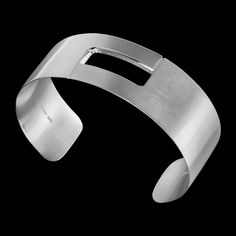 Oooh, I like this bracelet from Porsche Design too.