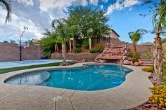175 Tidewater Range Las Vegas, NV www.lasvegashomes.com Agent: Jameson & Stagg Pool