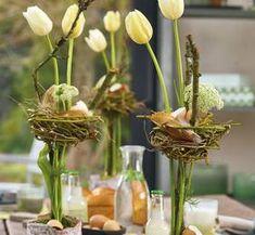 Ostertisch mit Tulpennest