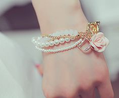 Bracelets are most beautiful and attractive and young girls like them very much. Bracelets are available in different colorful styles. Cute Jewelry, Jewelry Accessories, Fashion Accessories, Fashion Jewelry, Fashion Bracelets, Dior Jewelry, Jewellery Box, Silver Jewellery, Ideas Joyería