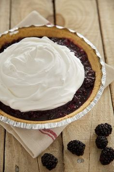 The Deen Bros. Lighter Ten Minute Blackberry Cream Pie