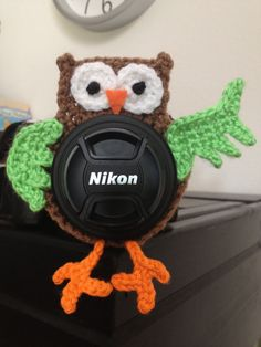 Owl lens buddy  crochet by SisasStitches on Etsy, $10.00.  @INDI Design compton..u need this for shooting kids!  they would be interested in this!  ha
