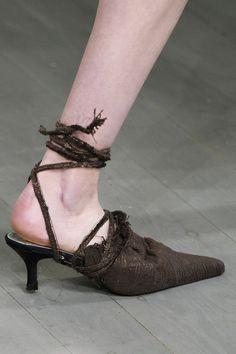 Faustine Steinmetz at London Fashion Week Fall 2018 - Details Runway Photos