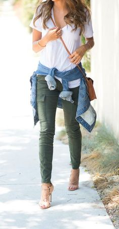 how to style cargo pants: