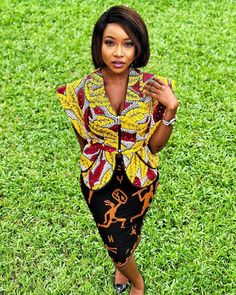 Latest collection of the best and trendy ankara jackets and ankara blazers styles there are out there. DO you love ankara blazers and jackets styles. Latest Ankara Short Gown, Ankara Long Gown Styles, Ankara Short Gown Styles, Ankara Styles For Men, Latest Ankara Styles, Beautiful Ankara Gowns, African Fashion Ankara, African Outfits, Shorts