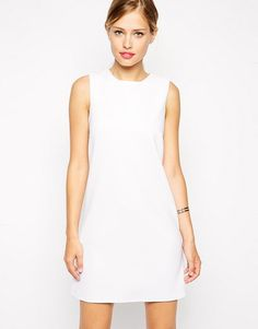 Robe droite blanche White Shift Dresses, Dresses For Work, Maxi Dresses, Party Dresses, Styles Courts, Asos, T 4, Fashion Online, Fashion Looks