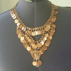 Statement necklace Beautiful  rose gold tone necklace INDIA ARTS Jewelry Necklaces