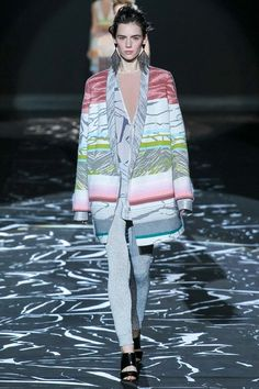 Missoni Fall 2015 Ready-to-Wear Collection Photos - Vogue