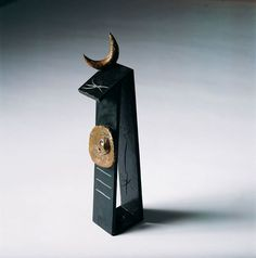 Joan Miro: Personnage (Personage) 1981 Bronze (lost wax casting). Fundició Parellada, Barcelona 48 x 10 x 11 cm