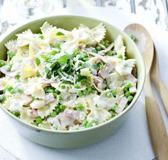This dish is, in its extreme simplicity, the most tasty you can taste! Delicate! #Gasse (butterfly #pasta) with #peas