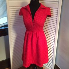 Kenzie red holiday dress size XS Really cute holiday dress size XS lipstick red with covered buttons. Kensie Dresses