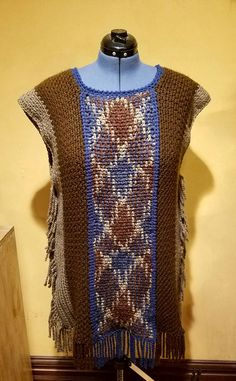 EDITOR'S CHOICE (10/03/2016) Crochet Pooling Effect Poncho by SRO-AUSTIN View details here: http://crochet.community/creations/4884-crochet-pooling-effect-poncho