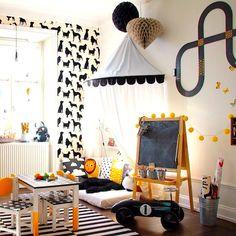 BRINCADEIRA DE MENINO   difícil encontrar um menino que não se encantaria com este playroom, né? Inspire-se! #TecnisaDecor #Playroom #Kids #DiadasCrianças #Inspire-se #Tecnisa Foto: HomeMyDesign