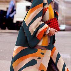 ¿Cómo combinar los colores en tu ropa? - Asesora de imagen, especialista elegancia 50 Fashion, Womens Fashion, Cozy Christmas, Clothing Hacks, Color Combinations, Stylish Outfits, Couture, Long Sleeve, Clothes