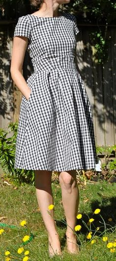 gingham--Simplicity 2444