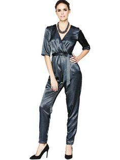 Die 70 besten Bilder von Satinhosen   Satin jumpsuit, Fashion show ... e913fa40e6
