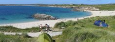 Wild Atlantic Way Camping Clifden, Connemara. Enjoy the vast natural beauty, sandy beaches, breathtaking sunsets cosy campfires with Panoramic Atlantic Seascape Views of Connemara, Galway. Bell Tent Camping, Campsite, Strand Camping, Beach Camping, Camping Glamping, Connemara, Forest Park, Gras, Sandy Beaches