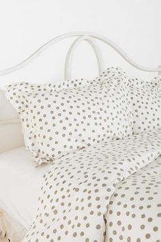 polka dot bedding from urban outfitters
