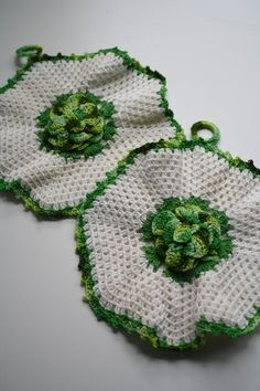 Set of Two Vintage Potholders Vintage Kitchen by themerryhomemaker, $10.00