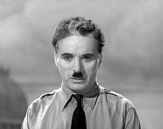 Charlile Chaplin (THE GREAT DICTATOR)