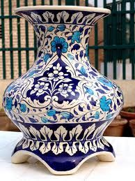 The hand-made blue pottery of Jaipur, another icon. Originated in Iran, came to Rajasthan in the early Turkish Tiles, Turkish Art, Ceramic Pots, Ceramic Pottery, Blue Pottery Jaipur, Indian Ceramics, Thrown Pottery, Pottery Designs, Tile Art