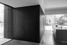 A Minimalist Villa Designed By FillieVerhoeven Architects Interior Design Sketches, White Interior Design, Villa Design, House Design, Modern Brick House, Minimalism, Contemporary, Home Decor, Modern Homes