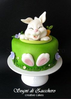 Easter Bunny Cake ideas are here. Easter desserts should be surprising & here are the best Easter Bunny Cake Pattern, pictures, recipes & ideas. Easter Bunny Cake, Easter Treats, Bunny Birthday, Birthday Cake, Easter Food, Easter Cupcakes, Easter Party, Fancy Cakes, Cute Cakes