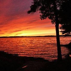 Lake Winnipesaukee, New Hampshire. Check out the lakes and beaches of NH! http://www.visitnh.gov/what-to-do/lakes-beaches-and-water-fun/lakes.aspx