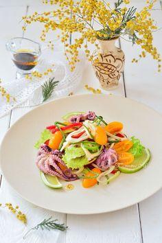 """Салат с осьминогами """"Весенняя палитра"""". Диетические и витаминные салаты в Кулинарном блоге Татьяны М. Средиземноморская кухня - рецепты."""