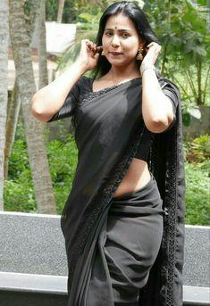 Beautiful Girl Indian, Most Beautiful Indian Actress, Beautiful Saree, Beautiful Women, Beauty Full Girl, Beauty Women, Black Saree, Green Saree, Voluptuous Women