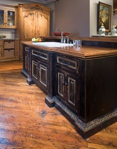 Habersham Custom Kitchens | shown |  Alder Custom Kitchen Cabinetry from Habersham